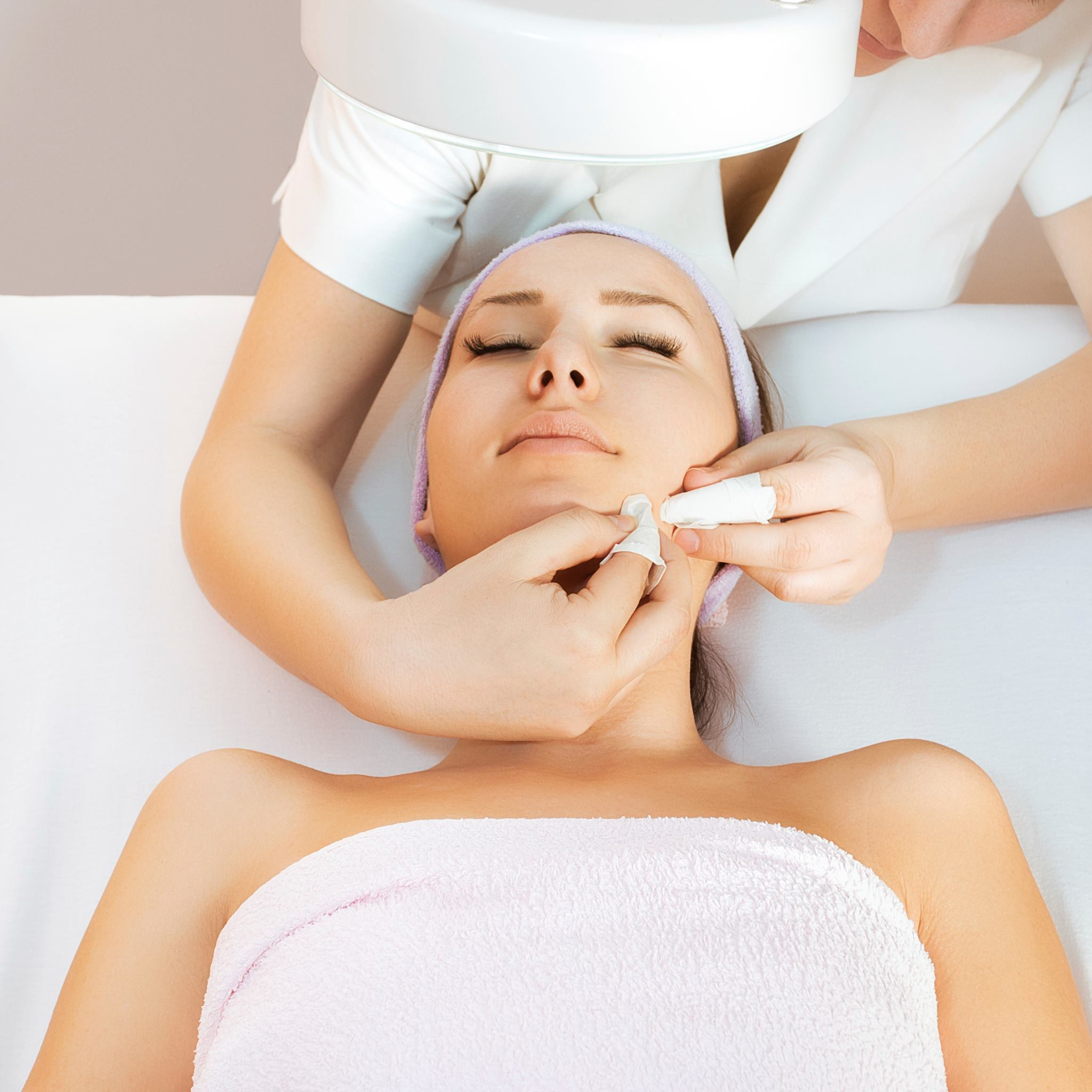 Borod Spa - White Plains at Westchester. Treatments Facial, make up, eyelashes, microdermabrasion, Chemical Peel and more.